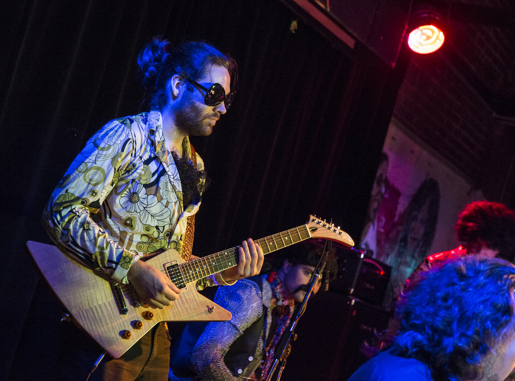 Gruv-Disco-Band-Montreal-Alize-Show_11