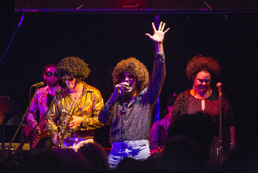 Gruv-Disco-Band-Montreal-Alize-Show_18